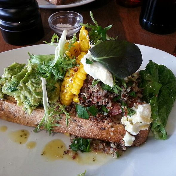 Avocado, Corn, Quinoa Tabouli @ Dachshund Coffee