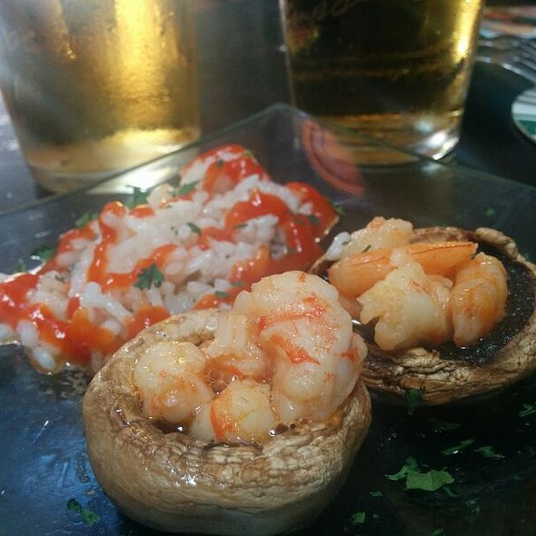 Tapa: Mushrooms stuffed with Pil Pil Prawns @ Casa Bouda
