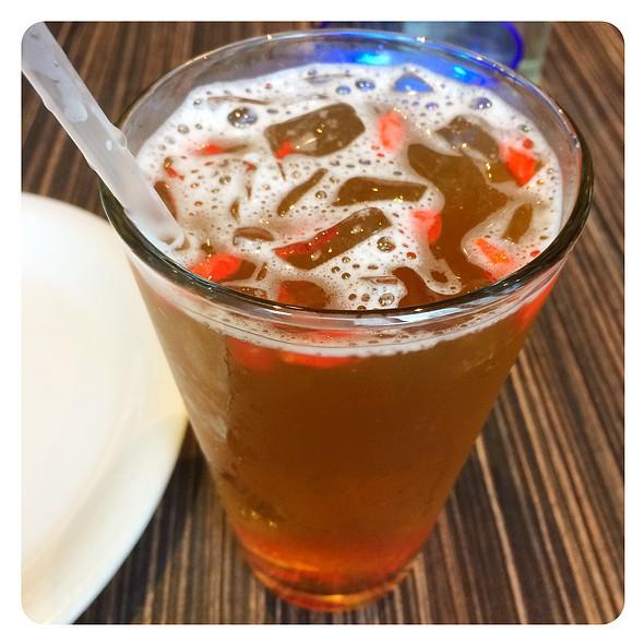 Green Tea With Goji Berries @ Fang Restaurant