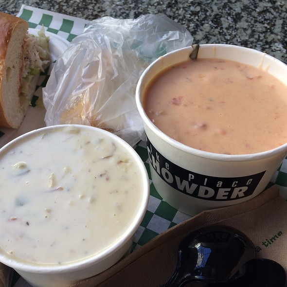 New England Clam Chowder @ Pike Place Chowder Restaurant  - Downtown Seattle