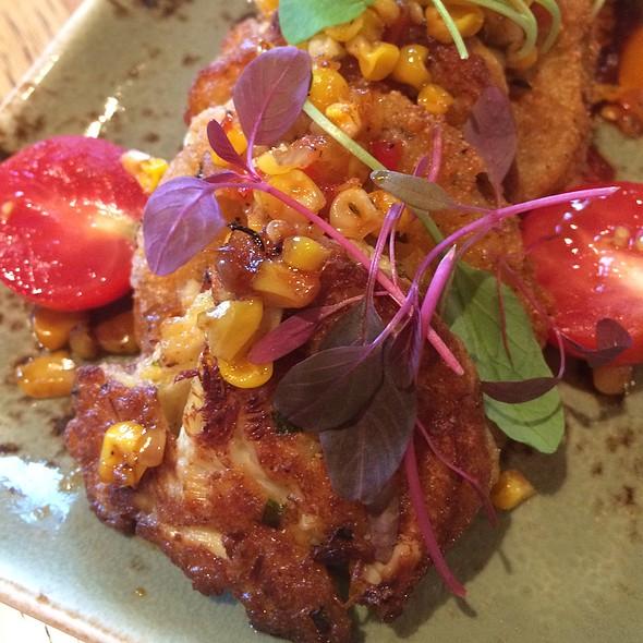 Crab Cake & Fried Green Tomato @ Highball & Harvest - The Ritz-Carlton Orlando, Grande Lakes