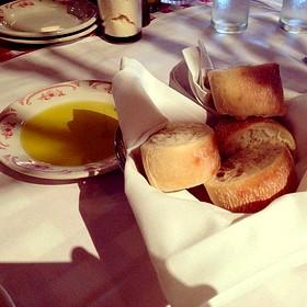 Table Bread & Oil