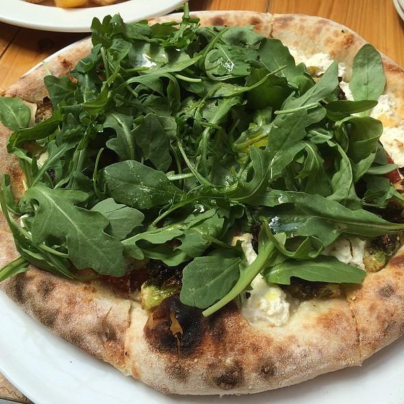 Garden Pizza @ Red Rocks Neapolitan Bistro