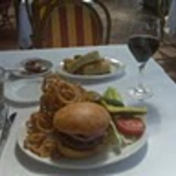 Cheeseburger @ Bistro Don Giovanni