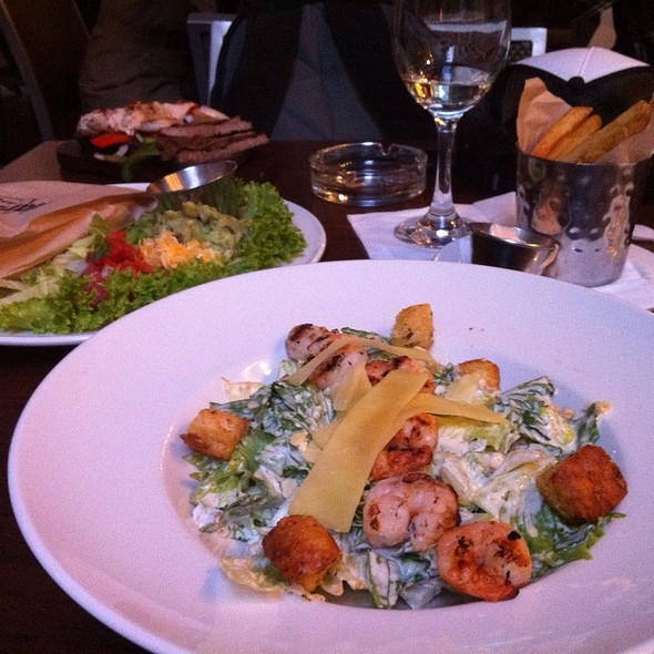 Caesar Salad With Grilled Prawn @ Hard Rock Café Vienna