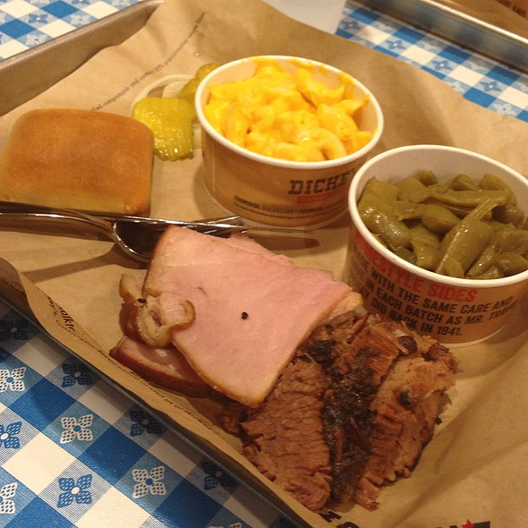 2 Meat Plate Of Baked Ham, Beef Brisket, Mac And Cheese With Green Beans
