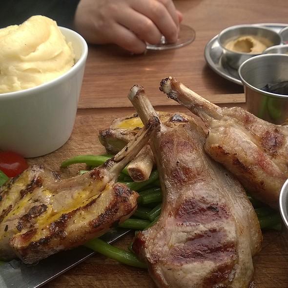 Lamb Cutlets @ Black & Blue (Classic Steaks and Wine)