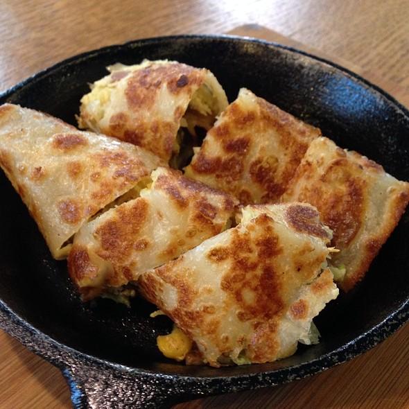 Fried Egg Roll @ 樂口福Loco Food