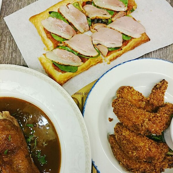 Poulet Roti (Roasted Chicken) @ Poulet (Terminal 3)