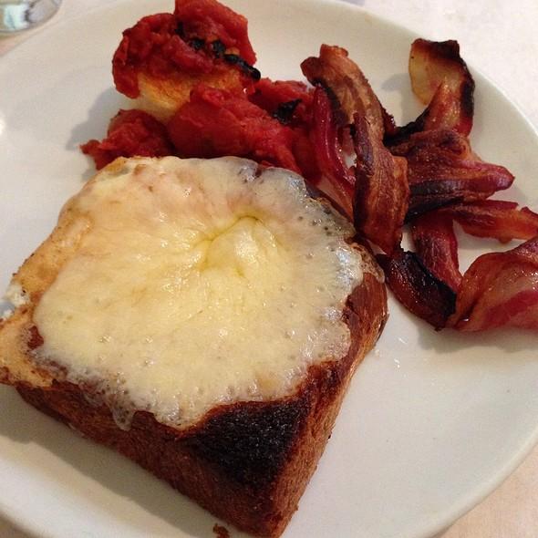 Eggs Rothko @ Egg