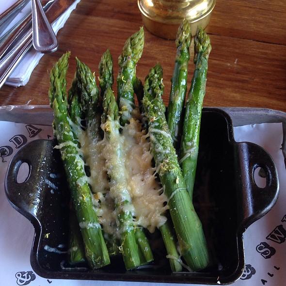 Asparagus @ Soda & Swine