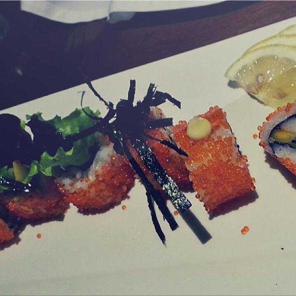 California Maki @ 100 Revolving Restaurant Chef Jessie