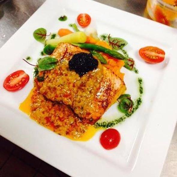 Cajun Salmon - Bistro Nolah, Dollard-Des-Ormeaux, QC