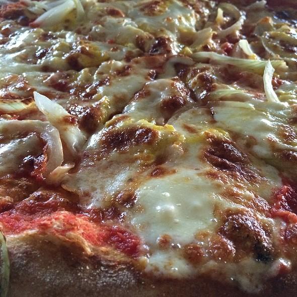 Pizza @ Warung Italia