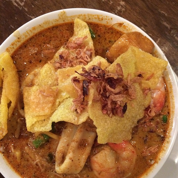 Seafood House Curry Laksa @ Laksa Bar