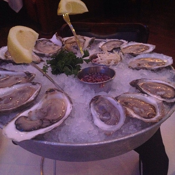 Oysters On The Halfshell - Oceanaire Seafood Room - Dallas, Dallas, TX