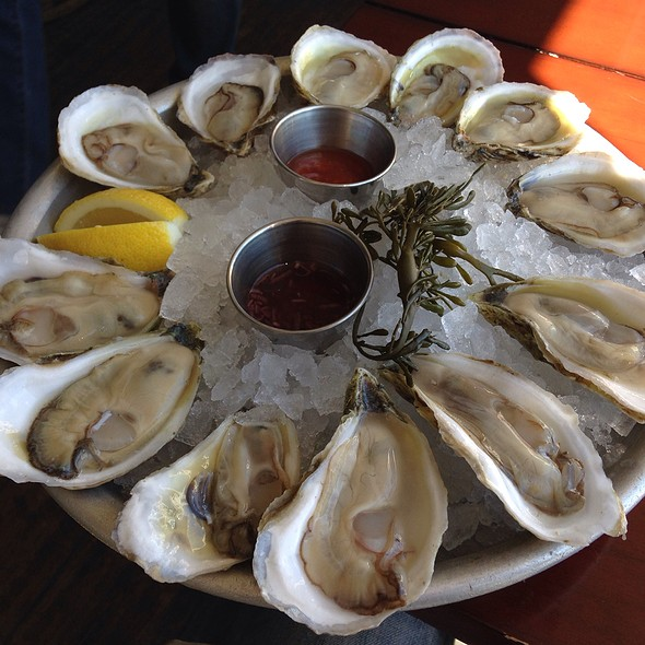Oysters @ Cru
