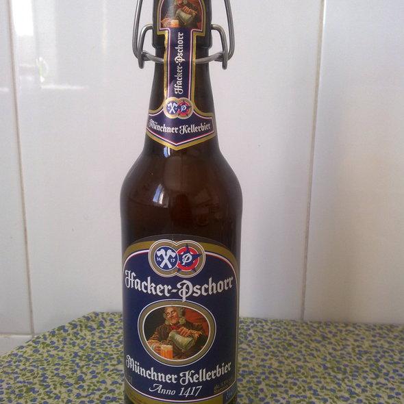 Cerveja Hacker Pschorr @ Churchilita solita