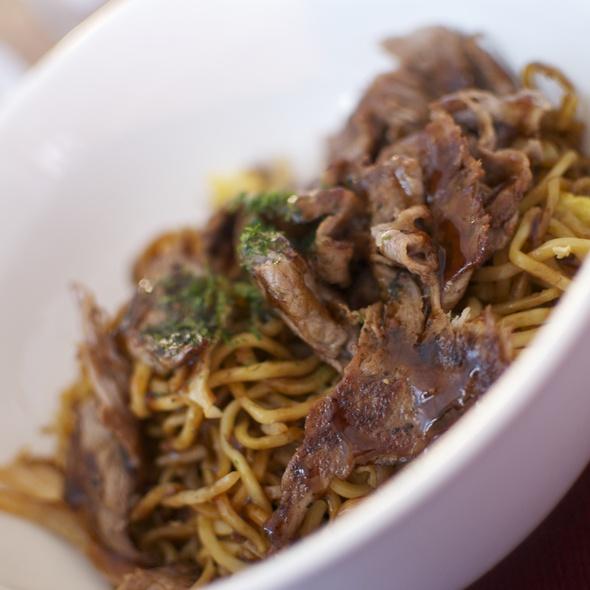 Beef Yakisoba @ Maru Global Takoyaki