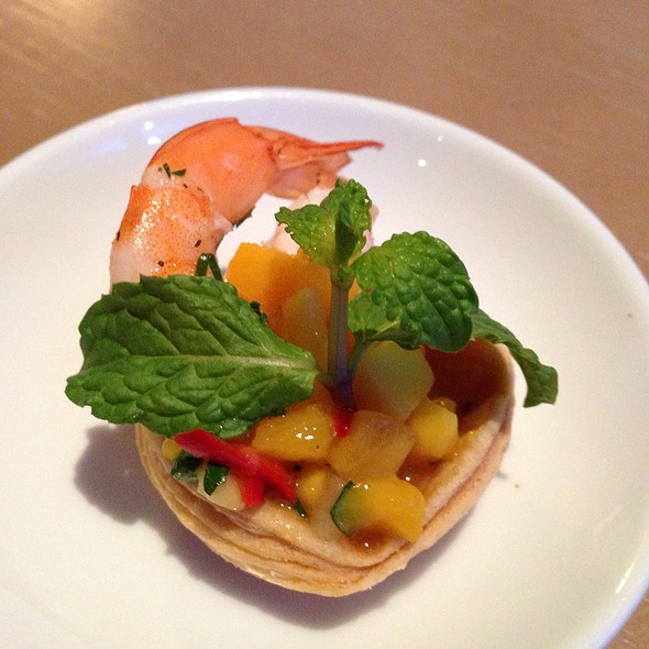 shrimp with mango salsa @ Hyatt Regency Danang Resort & Spa
