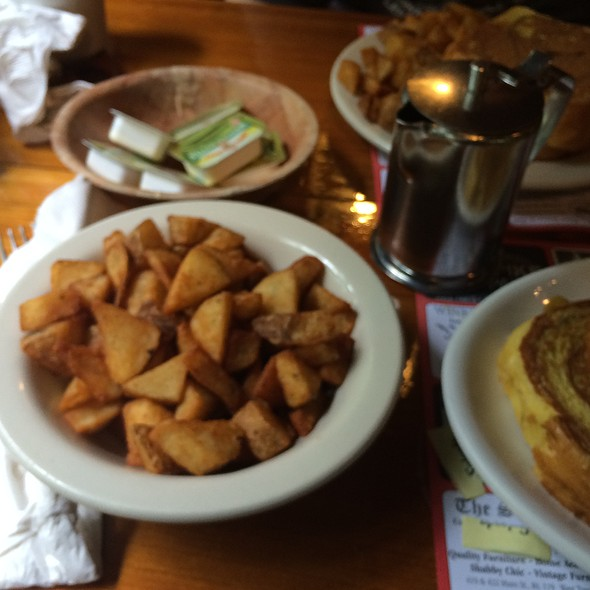 Deep Fried Home Fries @ Parker's Maple Barn