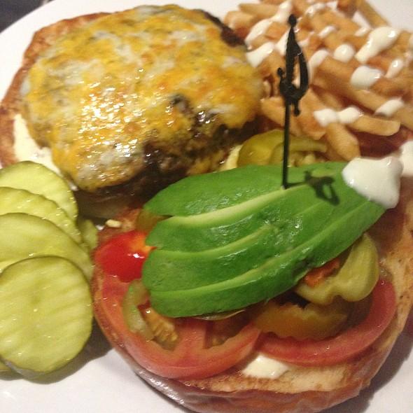 Bacon Cheeseburger @ Peppercorn's