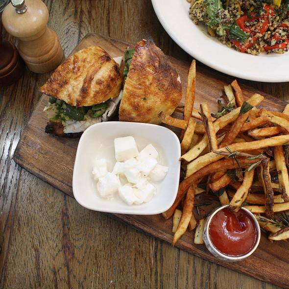Roast Turkey Sandwich
