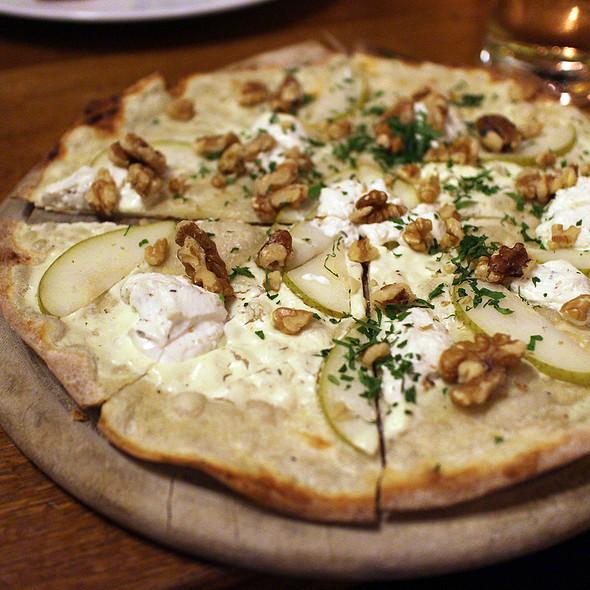 Tarte Flambee @ Schwarzwaldstuben Gastronomie