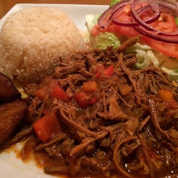 Ropa Veja @ La Cabana Cuban Flavor