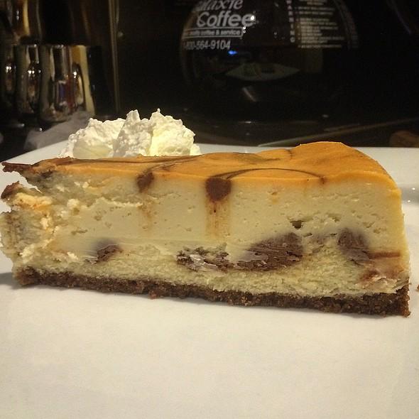 Cinnamon Cheesecake @ Rachel's Cafe