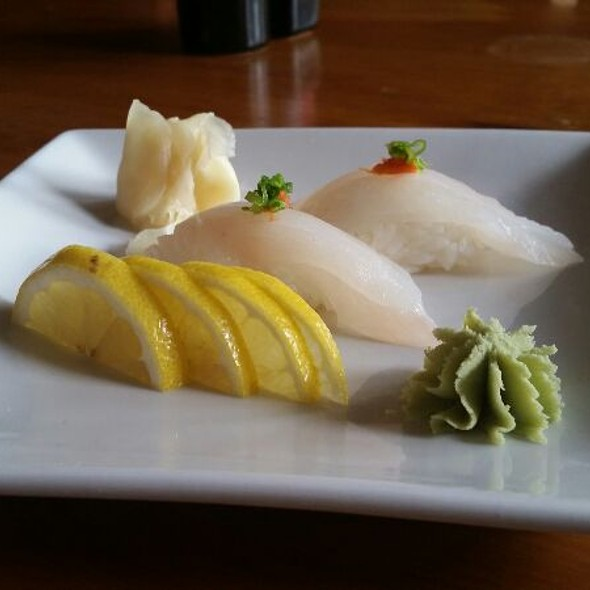 Japanese Red Snapper Sushi @ Japaneiro's Sushi Bistro & Latin Grill