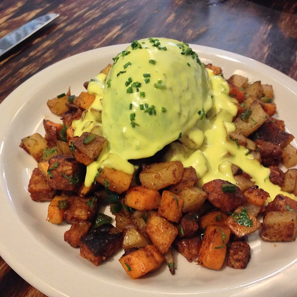 Poached Avocado With Tempeh Hash @ Vegan Commissary
