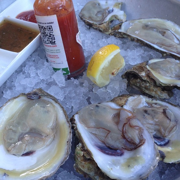 Chesapeake Bay Oysters @ Blush Raw Bar Lounge
