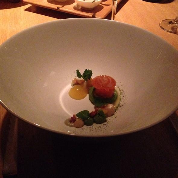Baylik Salmon Walliser Speck + Avocado Creme @ The Omnia AG Hotel