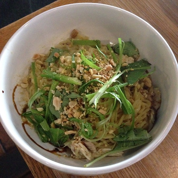 Dan Dan Ramen W/ Spicy Garlic Oil, Roasted Peanut, Sweet Soy, Basil & Thai Szechwan Chili