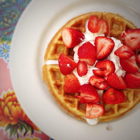 Strawberry Cream Waffle @ Elizabeth's Restaurant