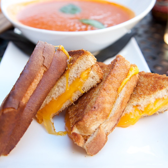 Tomato Bisque And Grilled Cheese @ House of Oliver