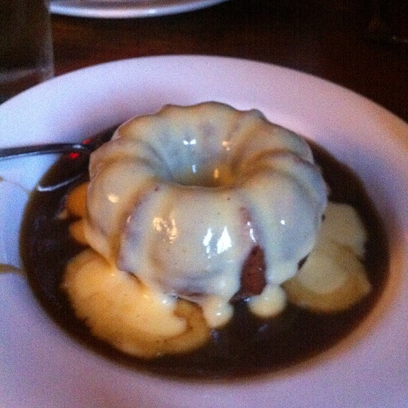 Sticky Toffee Pudding - Hunter's Head Tavern, Upperville, VA