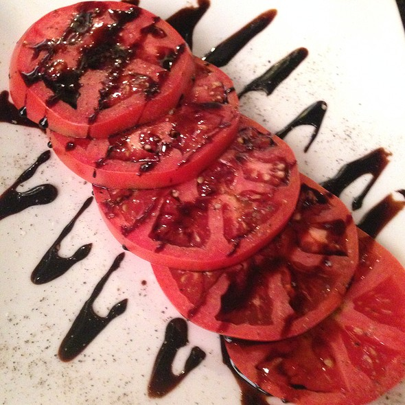 Heirloom Tomatoes @ Fountainhead