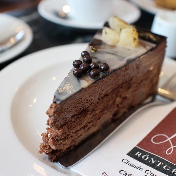 Pear Cake @ Cafe Röntgen
