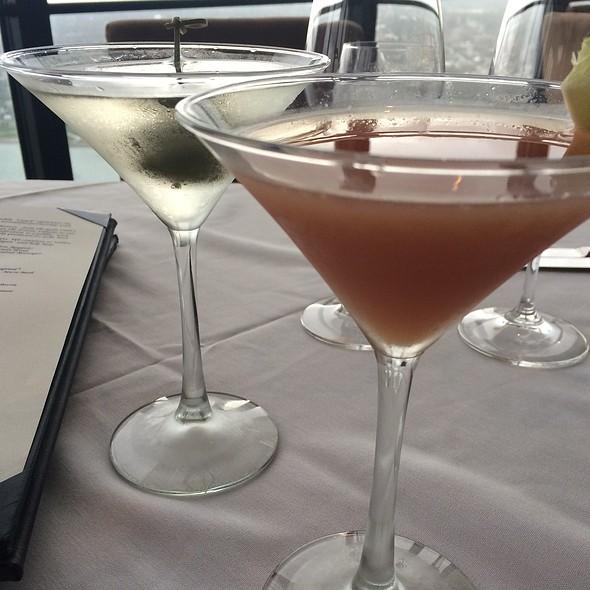 Cocktails - Coach Insignia, Detroit, MI
