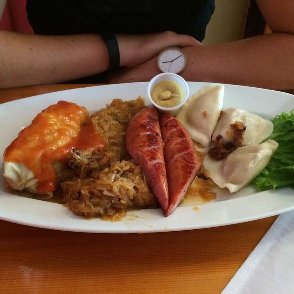 Polski Talerz (Polish Plate) @ Cafe Polonia