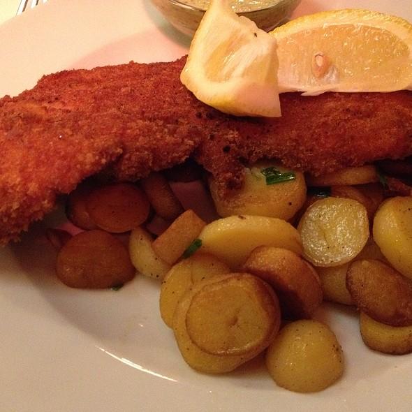 Schnitzel @ Café Hauptwache