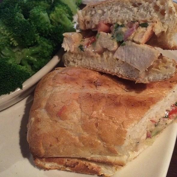 Baja Chicken Sandwich @ Splitsville