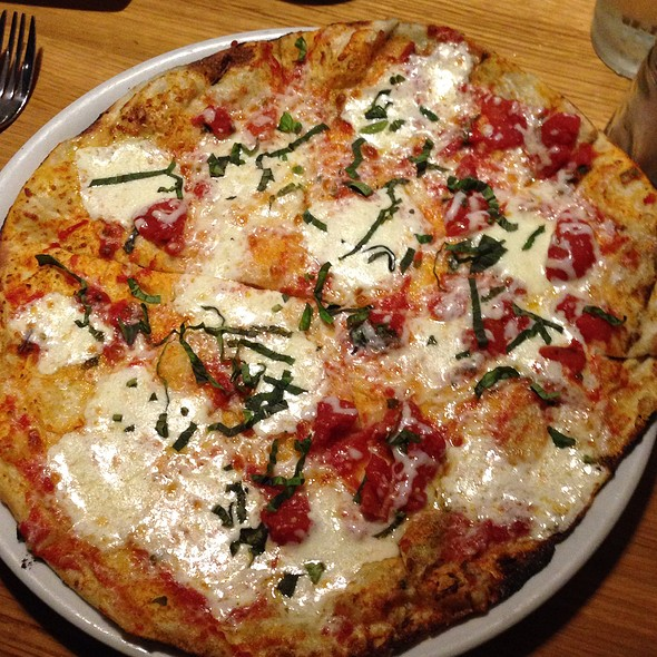 Margharita Pizza @ California Pizza Kitchen