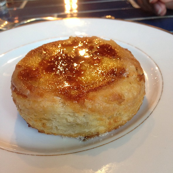 Pomme D'Amour @ Knead Patisserie