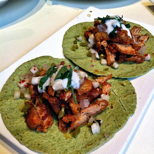 Chinese Chicken Tacos @ Element Fresh | 新元素