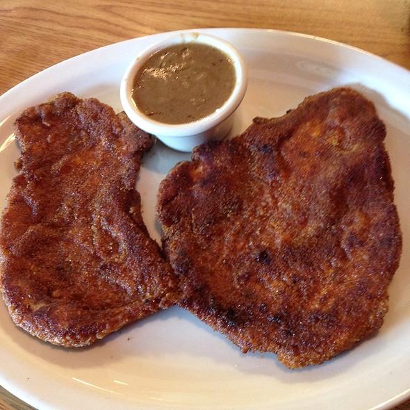 Schnitzel And Onion Gravy @ Ruby's Diner