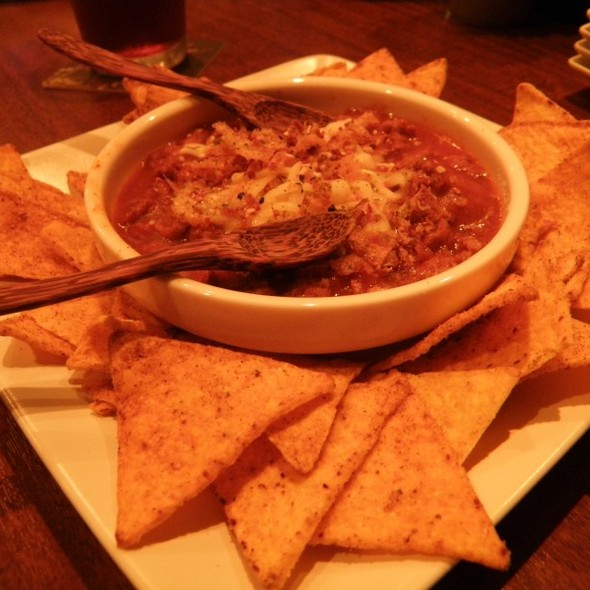 Chilli Beans And Chips @ カタラタス(Cataratas)