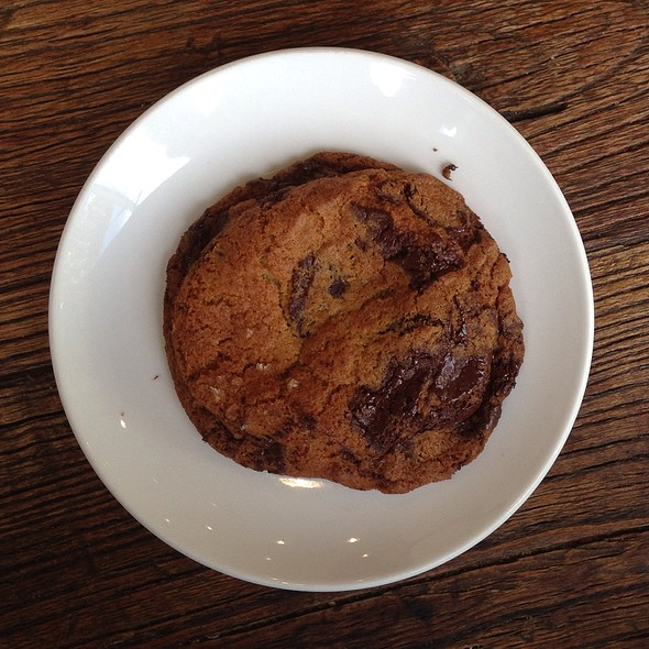 chocolate chip cookie @ b. patisserie